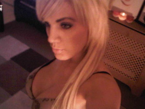 Belle blonde recherche relation hot rapidement